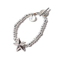 <img class='new_mark_img1' src='//img.shop-pro.jp/img/new/icons49.gif' style='border:none;display:inline;margin:0px;padding:0px;width:auto;' />CALEE - Silver beads star chain bracelet