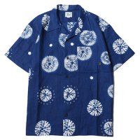 <img class='new_mark_img1' src='//img.shop-pro.jp/img/new/icons5.gif' style='border:none;display:inline;margin:0px;padding:0px;width:auto;' />CALEE - INDIGO DIE ALLOVER PATTERN S/S SHIRT
