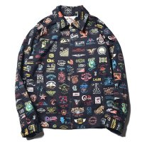 <img class='new_mark_img1' src='//img.shop-pro.jp/img/new/icons5.gif' style='border:none;display:inline;margin:0px;padding:0px;width:auto;' />CALEE - ALLOVER ARCHIVE LOGO PATTERN JACKET