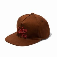 <img class='new_mark_img1' src='//img.shop-pro.jp/img/new/icons49.gif' style='border:none;display:inline;margin:0px;padding:0px;width:auto;' />CALEE - Twill logo embroidery cap