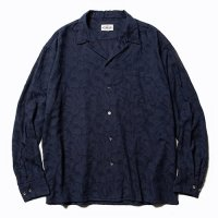 <img class='new_mark_img1' src='//img.shop-pro.jp/img/new/icons5.gif' style='border:none;display:inline;margin:0px;padding:0px;width:auto;' />CALEE - Jacquard feather pattern L/S shirt
