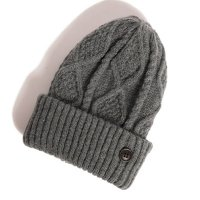 <img class='new_mark_img1' src='//img.shop-pro.jp/img/new/icons49.gif' style='border:none;display:inline;margin:0px;padding:0px;width:auto;' />glamb - Wilken knit cap