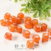 大きめ アクリルビーズ キューブ 約12.5×13.8mm オレンジ マーブル 橙 約20個 ビーズ パーツ アクリル ビーズパーツ 正方形 通し穴 四角