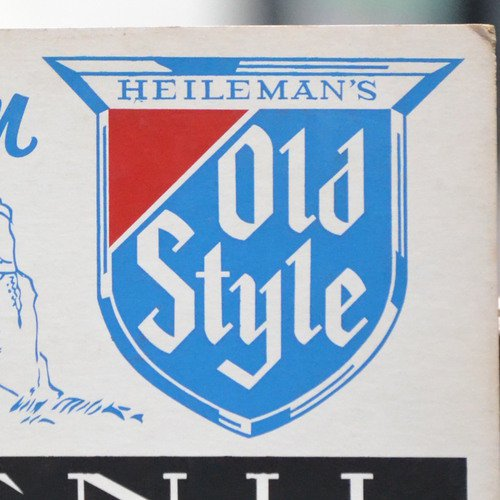 G. Heileman Brewing(ハイルマン) Old Style Menu Display