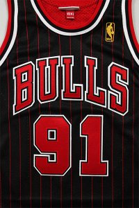 MITCHELL&NESS AUTHENTIC JERSEY BULLS RODMAN 【BLK/RED】