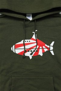 <img class='new_mark_img1' src='//img.shop-pro.jp/img/new/icons16.gif' style='border:none;display:inline;margin:0px;padding:0px;width:auto;' />YSM EXCLUSIVE NEW YEAR HOODIE 【OLV】