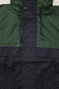 <img class='new_mark_img1' src='//img.shop-pro.jp/img/new/icons16.gif' style='border:none;display:inline;margin:0px;padding:0px;width:auto;' />COBRA CAPS SAILING JACKET 【D.GRN/NVY/KHI】