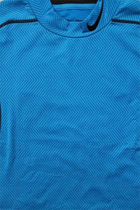 <img class='new_mark_img1' src='//img.shop-pro.jp/img/new/icons16.gif' style='border:none;display:inline;margin:0px;padding:0px;width:auto;' />NIKE PRO WARM TRAINNG JERSEY 【L.BLU】
