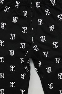 <img class='new_mark_img1' src='https://img.shop-pro.jp/img/new/icons16.gif' style='border:none;display:inline;margin:0px;padding:0px;width:auto;' />THE FINEST TONY MONTANA EMBROIDERY SWEAT PANTS【BLK】
