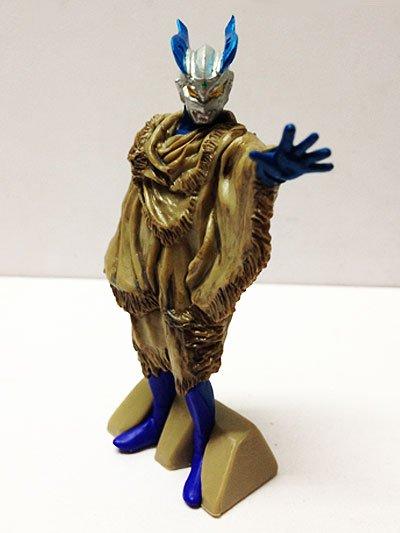 バンダイ HGヒーローズ ウルトラマン3〜悪魔と天使の間に・・・編〜 さすらいのルナミラクルゼロ UC00117