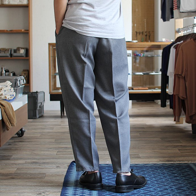 Hexico Deformer 1-Tuck Cut Off Pants - Ex. Action Slacks リメイクスラックス - Grey<img class='new_mark_img2' src='//img.shop-pro.jp/img/new/icons47.gif' style='border:none;display:inline;margin:0px;padding:0px;width:auto;' /> 02