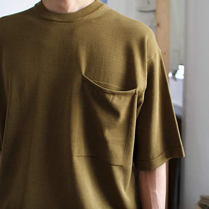 crepuscule crepuscule / Pocket Knit S/S 1701-010 - Mustard ショートスリーブポケットニット マスタード<img class='new_mark_img2' src='//img.shop-pro.jp/img/new/icons47.gif' style='border:none;display:inline;margin:0px;padding:0px;width:auto;' /> 02