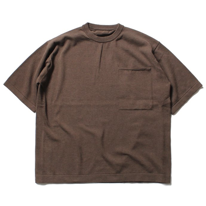 116002502 crepuscule / Pocket Knit S/S 1701-010 - Brown ショートスリーブポケットニット ブラウン<img class='new_mark_img2' src='//img.shop-pro.jp/img/new/icons47.gif' style='border:none;display:inline;margin:0px;padding:0px;width:auto;' /> 01