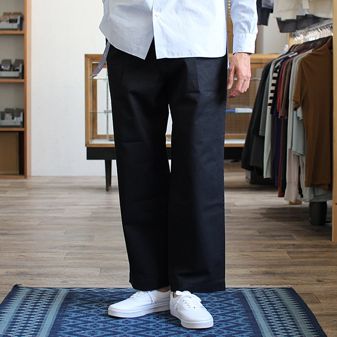 Other Brands RICCARDO METHA リカルド・メッサ / One Tuck Wide Trousers -  Dragon Twill Dark Navy 02
