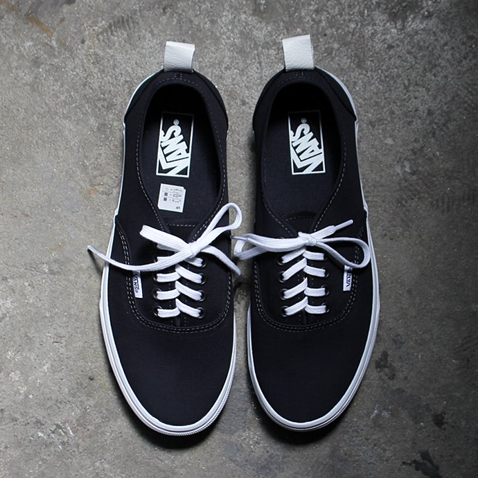 118071555 VANS / Authentic PT - Navy VN0A38F1NWD ヴァンズ オーセンティックPT ネイビー<img class='new_mark_img2' src='//img.shop-pro.jp/img/new/icons47.gif' style='border:none;display:inline;margin:0px;padding:0px;width:auto;' /> 01