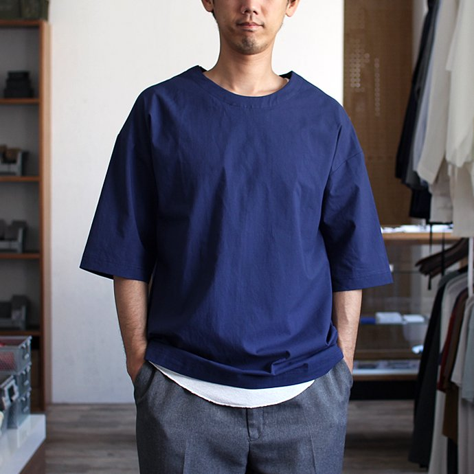 THEE Oversize Tee RN-CS-01 シャツ素材オーバーサイズTシャツ ネイビー<img class='new_mark_img2' src='//img.shop-pro.jp/img/new/icons47.gif' style='border:none;display:inline;margin:0px;padding:0px;width:auto;' /> 01