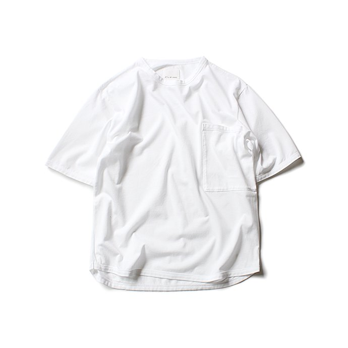 131556112 STILL BY HAND / 鹿の子 ビッグポケットTシャツ CS0482 - White<img class='new_mark_img2' src='//img.shop-pro.jp/img/new/icons47.gif' style='border:none;display:inline;margin:0px;padding:0px;width:auto;' /> 01