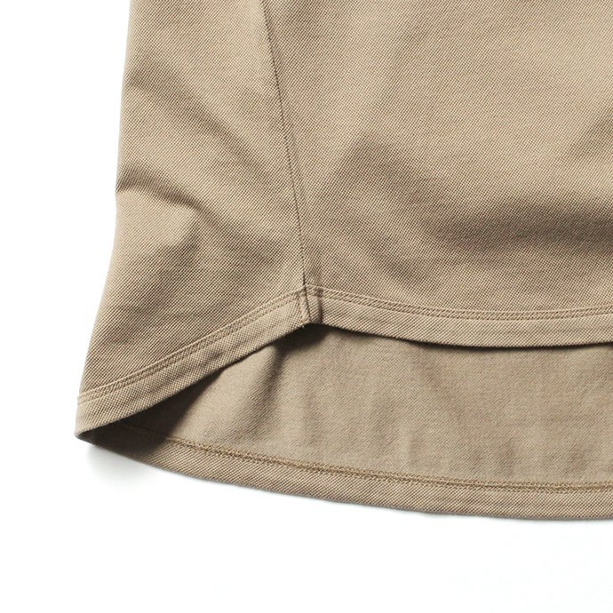 131556134 STILL BY HAND / 鹿の子 ビッグポケットTシャツ CS0482 - Beige<img class='new_mark_img2' src='//img.shop-pro.jp/img/new/icons47.gif' style='border:none;display:inline;margin:0px;padding:0px;width:auto;' /> 02
