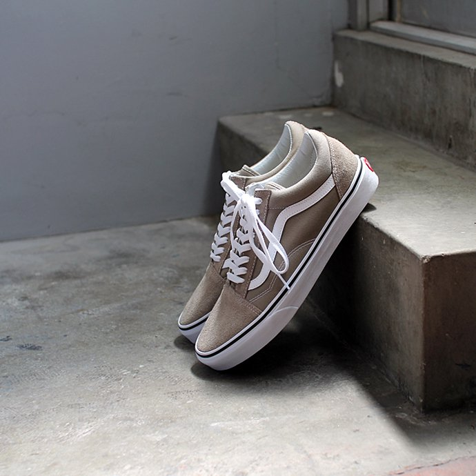 133707915 VANS / Old Skool - Desert Taupe ヴァンズ オールドスクール デザートトープ VN0A38G1U63<img class='new_mark_img2' src='//img.shop-pro.jp/img/new/icons47.gif' style='border:none;display:inline;margin:0px;padding:0px;width:auto;' /> 01