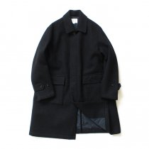STILL BY HAND / CO0583 シンサレート中綿入り ウールツイルバルカラーコート - Black<img class='new_mark_img2' src='//img.shop-pro.jp/img/new/icons47.gif' style='border:none;display:inline;margin:0px;padding:0px;width:auto;' />