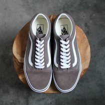 VANS / Old Skool - Falcon ヴァンズ オールドスクール ファルコン VN0A38G1UKW<img class='new_mark_img2' src='//img.shop-pro.jp/img/new/icons47.gif' style='border:none;display:inline;margin:0px;padding:0px;width:auto;' />