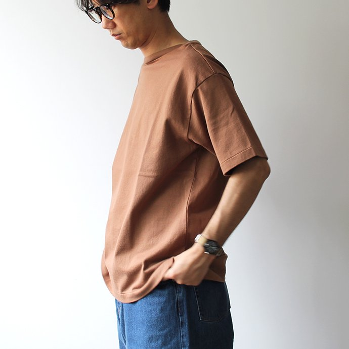141608361 blurhms ROOTSTOCK / Middle-Weight & Super Soft Boat-Neck S/S BHS-RKSS19002 - Deep Olive 02