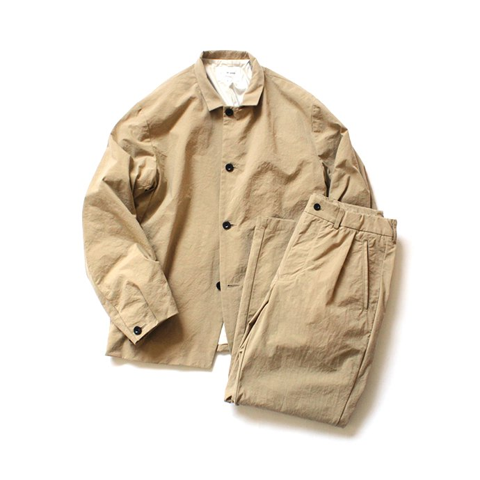 147865943 STILL BY HAND / PT0694 ナイロン素材セットアップパンツ - Beige 02