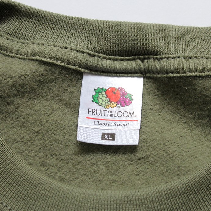 147902637 Fruit of the Loom Europe / Classic Raglan Sweat - Classic Olive 02