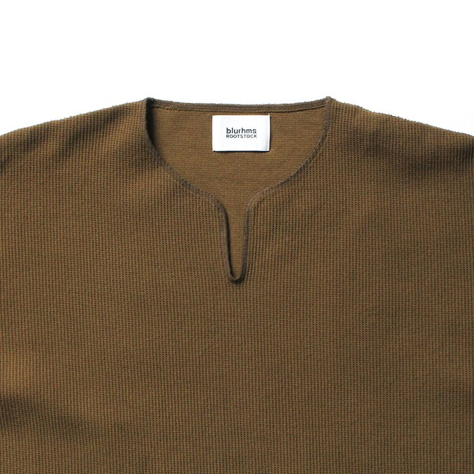 152342791 blurhms ROOTSTOCK / Rough & Smooth Thermal Over-Neck Loose Fit - Khaki Brown ROOTS-RKAW19004F20 02