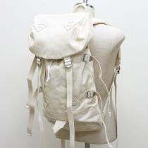 Canvas Backpack - Natural<img class='new_mark_img2' src='//img.shop-pro.jp/img/new/icons47.gif' style='border:none;display:inline;margin:0px;padding:0px;width:auto;' />