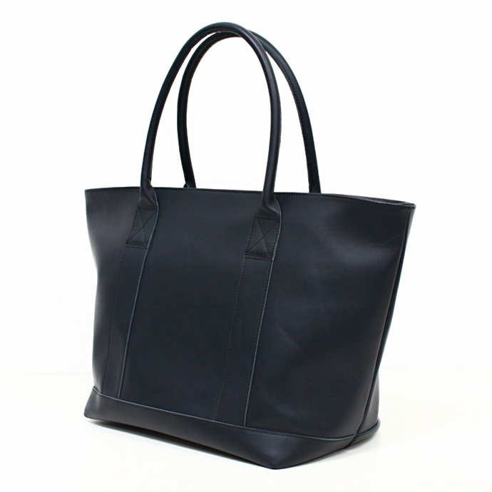 This is... / Leather Tote Bag - Navy<img class='new_mark_img2' src='//img.shop-pro.jp/img/new/icons47.gif' style='border:none;display:inline;margin:0px;padding:0px;width:auto;' />