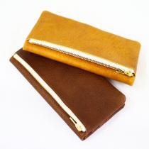 This is... Pig Leather Wallet<img class='new_mark_img2' src='//img.shop-pro.jp/img/new/icons47.gif' style='border:none;display:inline;margin:0px;padding:0px;width:auto;' />