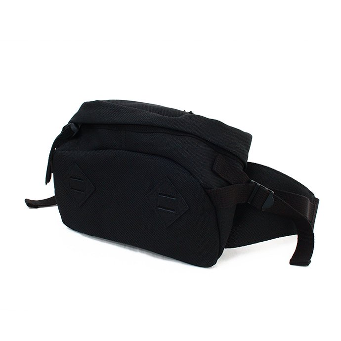 This is... This is... / Canvas Waist Bag - Black<img class='new_mark_img2' src='//img.shop-pro.jp/img/new/icons47.gif' style='border:none;display:inline;margin:0px;padding:0px;width:auto;' /> 01