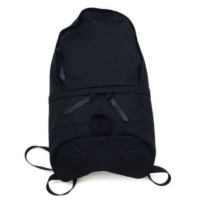 33820220 This is... / Canvas Daypack - Black<img class='new_mark_img2' src='//img.shop-pro.jp/img/new/icons47.gif' style='border:none;display:inline;margin:0px;padding:0px;width:auto;' /> 01