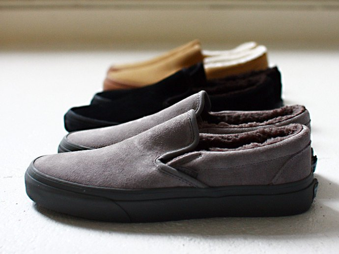 VANS Classic Slip-On Sherpa - Mid Grey / Charcoal<img class='new_mark_img2' src='//img.shop-pro.jp/img/new/icons47.gif' style='border:none;display:inline;margin:0px;padding:0px;width:auto;' /> 02