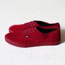 VANS Authentic Lo Pro Velvet - Rhododendron<img class='new_mark_img2' src='//img.shop-pro.jp/img/new/icons47.gif' style='border:none;display:inline;margin:0px;padding:0px;width:auto;' />