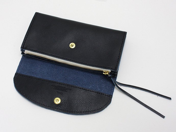 37432947 This is... / Calf Leather Long Wallet - Navy<img class='new_mark_img2' src='//img.shop-pro.jp/img/new/icons47.gif' style='border:none;display:inline;margin:0px;padding:0px;width:auto;' /> 02