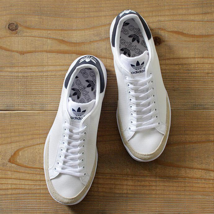 adidas Rod Laver ロッドレーバー ホワイト×ネイビー<img class='new_mark_img2' src='//img.shop-pro.jp/img/new/icons47.gif' style='border:none;display:inline;margin:0px;padding:0px;width:auto;' /> 01