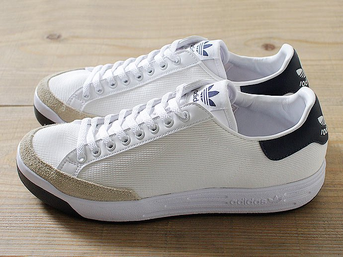 adidas Rod Laver ロッドレーバー ホワイト×ネイビー<img class='new_mark_img2' src='//img.shop-pro.jp/img/new/icons47.gif' style='border:none;display:inline;margin:0px;padding:0px;width:auto;' /> 02