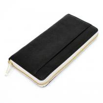 Round Fastener Wallet - Black Bridle Leather<img class='new_mark_img2' src='//img.shop-pro.jp/img/new/icons47.gif' style='border:none;display:inline;margin:0px;padding:0px;width:auto;' />