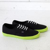 VANS Authentic Lite - Black/Neon Yellow<img class='new_mark_img2' src='//img.shop-pro.jp/img/new/icons47.gif' style='border:none;display:inline;margin:0px;padding:0px;width:auto;' />