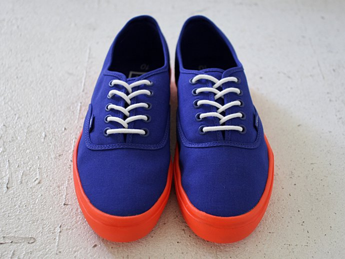 VANS Authentic Lite - Surf the Web Blue/Neon Orange<img class='new_mark_img2' src='//img.shop-pro.jp/img/new/icons47.gif' style='border:none;display:inline;margin:0px;padding:0px;width:auto;' /> 02