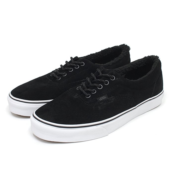 VANS Era Pig Suede/Fleece Lining - Black<img class='new_mark_img2' src='//img.shop-pro.jp/img/new/icons47.gif' style='border:none;display:inline;margin:0px;padding:0px;width:auto;' /> 01
