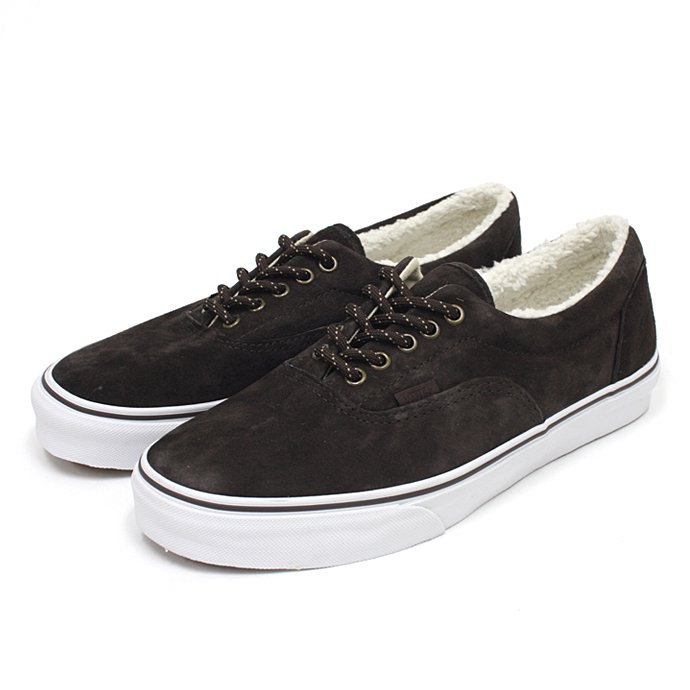 VANS Era Pig Suede/Fleece Lining - Brown<img class='new_mark_img2' src='//img.shop-pro.jp/img/new/icons47.gif' style='border:none;display:inline;margin:0px;padding:0px;width:auto;' /> 01