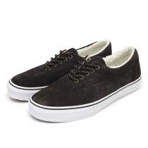 VANS Era Pig Suede/Fleece Lining - Brown<img class='new_mark_img2' src='//img.shop-pro.jp/img/new/icons47.gif' style='border:none;display:inline;margin:0px;padding:0px;width:auto;' />