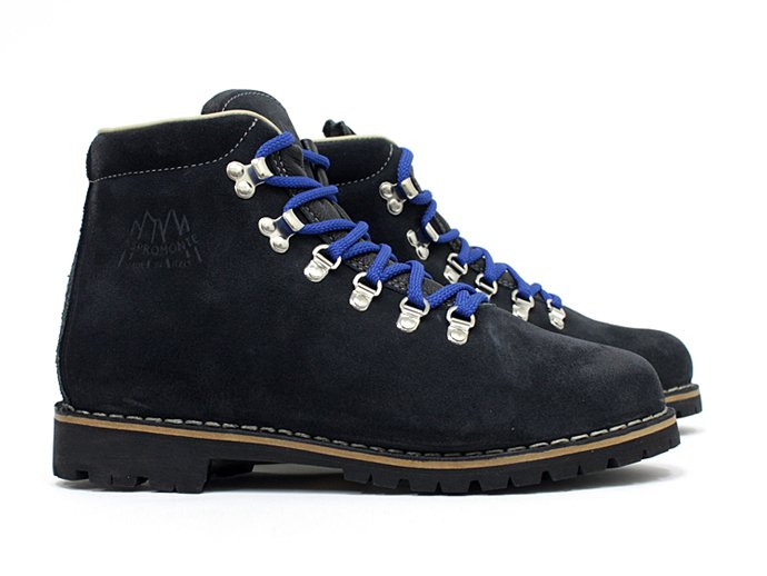 Other Brands ASPROMONTE / Mariel Mountain Boots - Navy<img class='new_mark_img2' src='//img.shop-pro.jp/img/new/icons47.gif' style='border:none;display:inline;margin:0px;padding:0px;width:auto;' /> 02