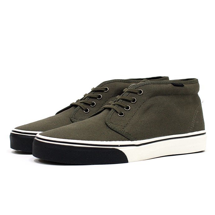 VANS Heavy Canvas Chukka Boot - Olive Night/Marshmallow<img class='new_mark_img2' src='//img.shop-pro.jp/img/new/icons47.gif' style='border:none;display:inline;margin:0px;padding:0px;width:auto;' /> 01