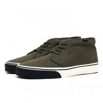 VANS Heavy Canvas Chukka Boot - Olive Night/Marshmallow<img class='new_mark_img2' src='//img.shop-pro.jp/img/new/icons47.gif' style='border:none;display:inline;margin:0px;padding:0px;width:auto;' />