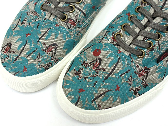 VANS Hula Camo Authentic CA<img class='new_mark_img2' src='//img.shop-pro.jp/img/new/icons47.gif' style='border:none;display:inline;margin:0px;padding:0px;width:auto;' /> 02