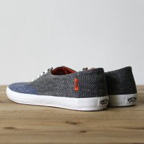 VANS E-Street - Faded Dark Denim/Black<img class='new_mark_img2' src='//img.shop-pro.jp/img/new/icons47.gif' style='border:none;display:inline;margin:0px;padding:0px;width:auto;' />